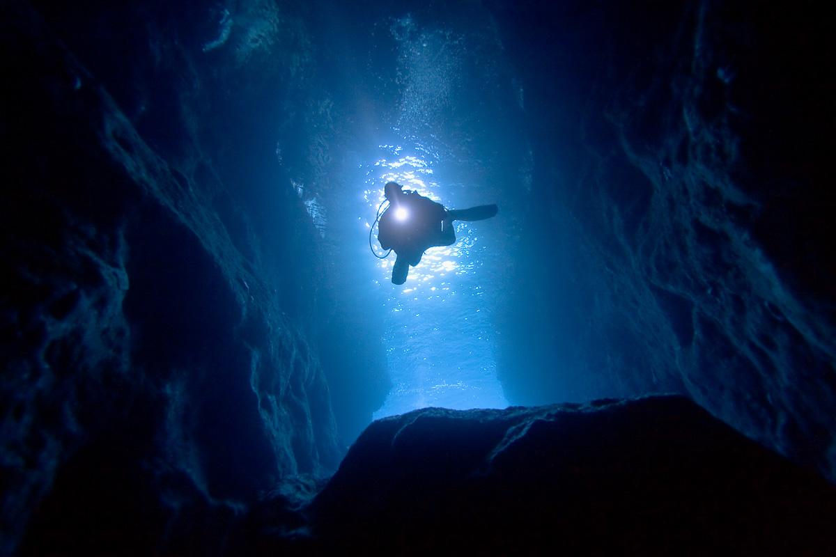 Ocean Cave, Poor Knight Islands